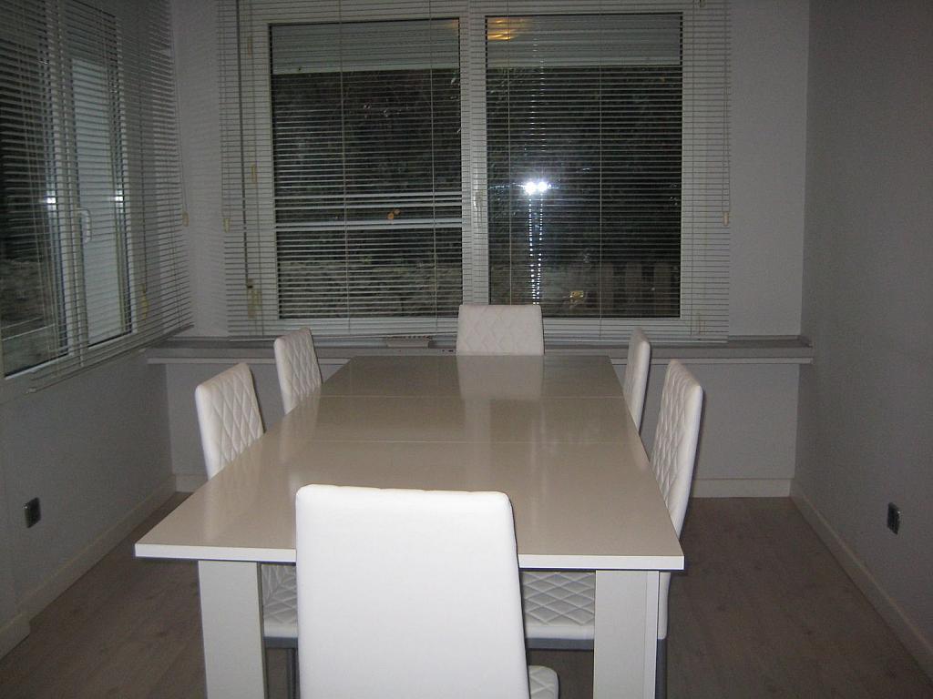 Casa en alquiler en Villafranca del Castillo - 358481109