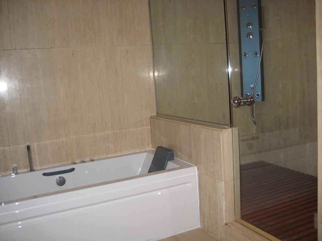 Casa en alquiler en Villafranca del Castillo - 358481130