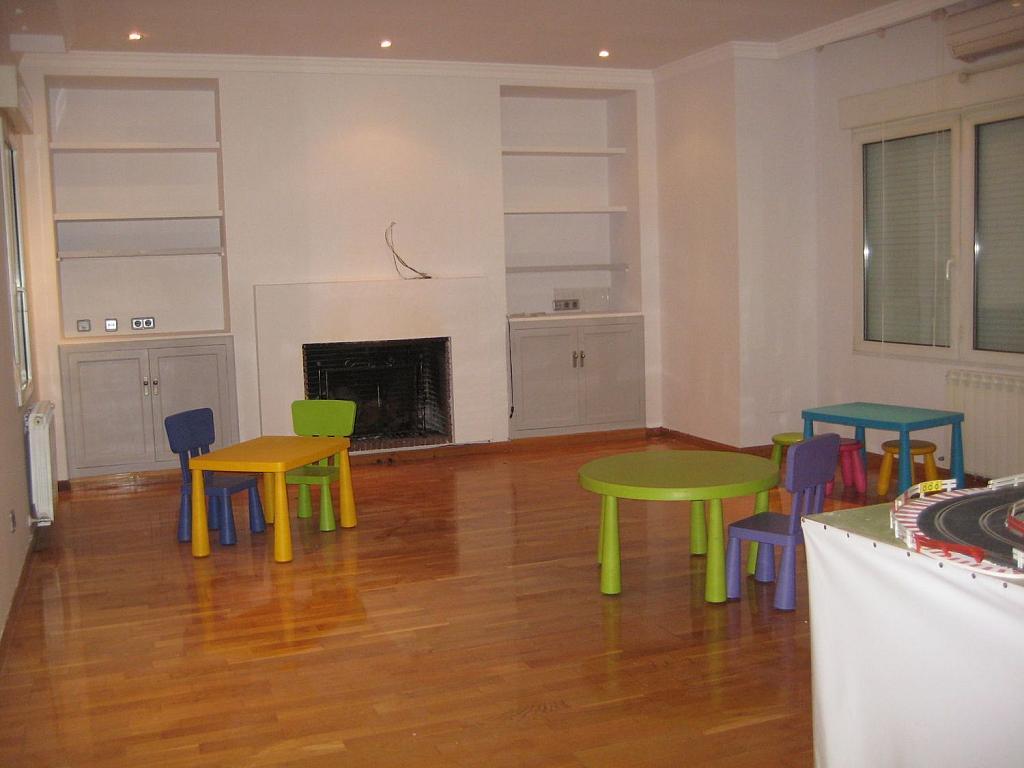 Casa en alquiler en Villafranca del Castillo - 358481139