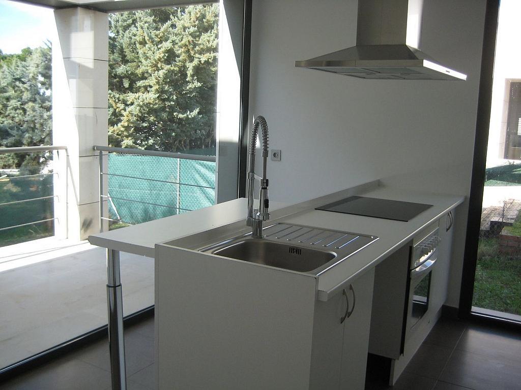 Casa en alquiler en calle Azor, Villanueva del Pardillo - 361611778
