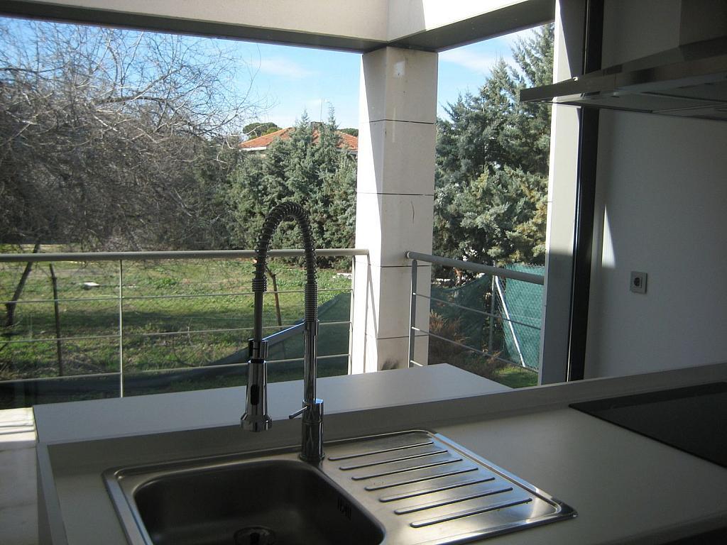 Casa en alquiler en calle Azor, Villanueva del Pardillo - 361611787