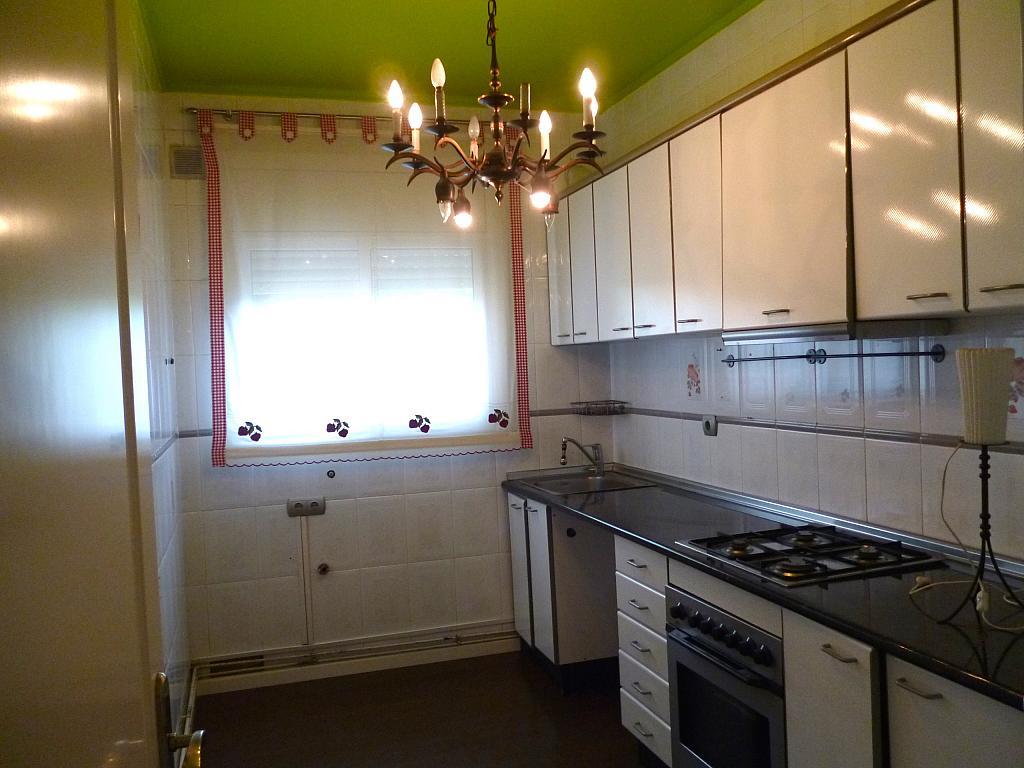 Cocina - Apartamento en venta en calle Cami de la Pineda, Gavà Mar en Gavà - 211605771