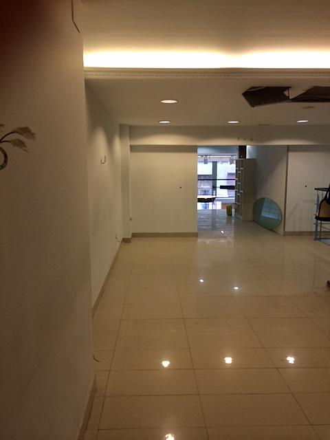 Local comercial en alquiler en calle Nou, Passeig rodalies en Manresa - 210666505