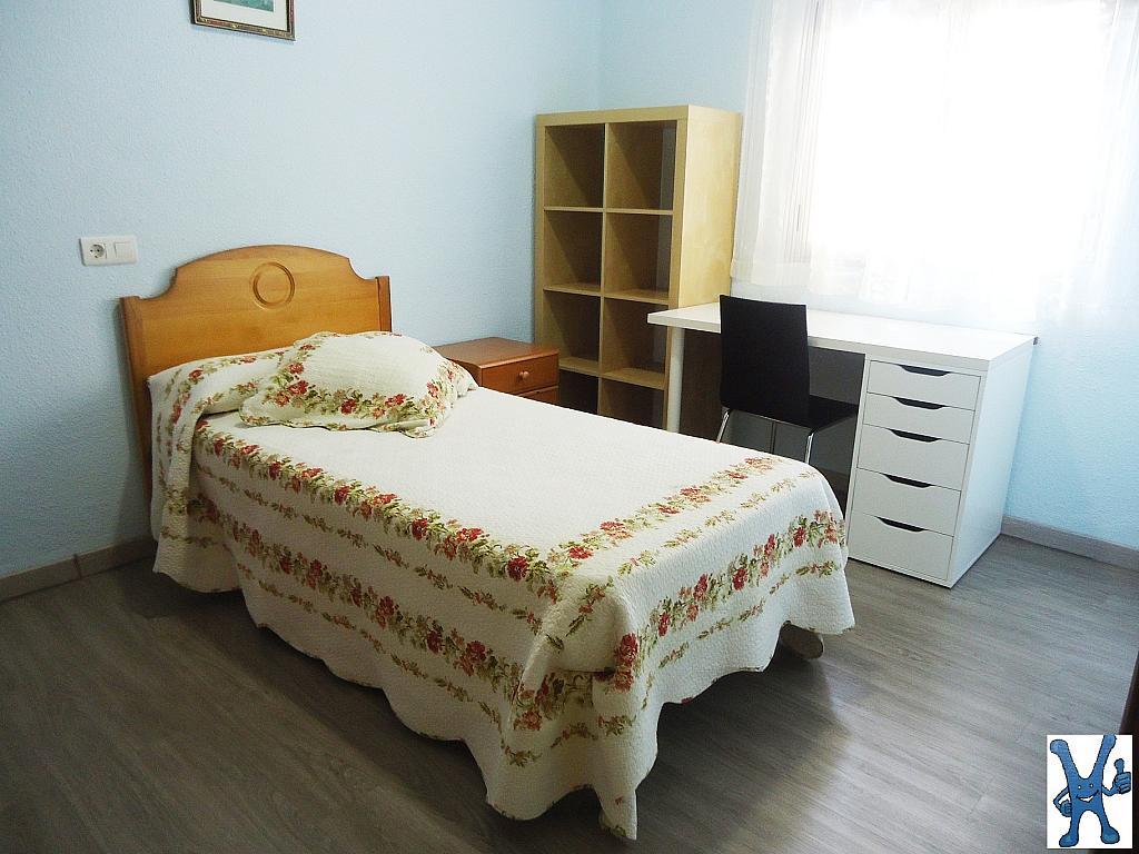 Piso en alquiler en Salesas en Salamanca - 328013639