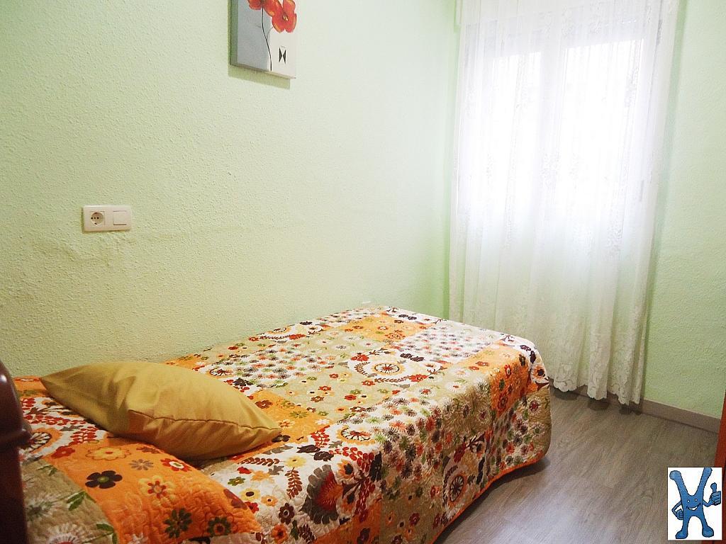 Piso en alquiler en Salesas en Salamanca - 328013664
