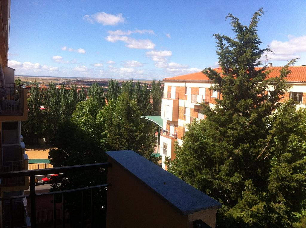 Piso en alquiler en Salamanca - 328067397