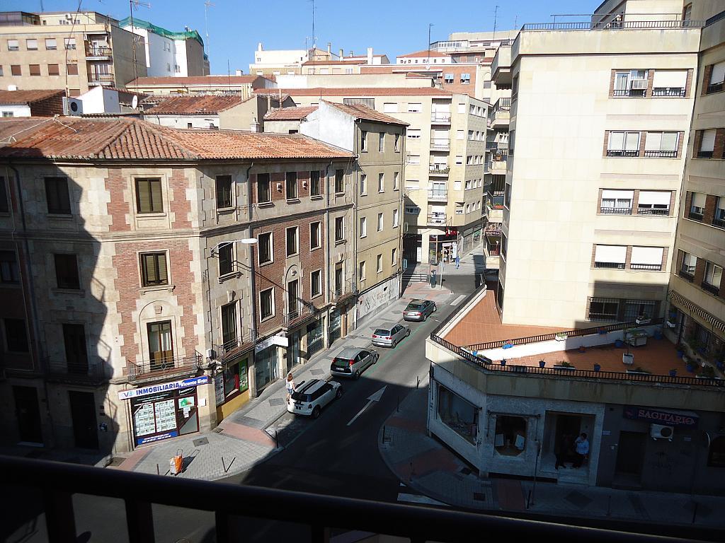 Piso en alquiler en Centro en Salamanca - 210671716