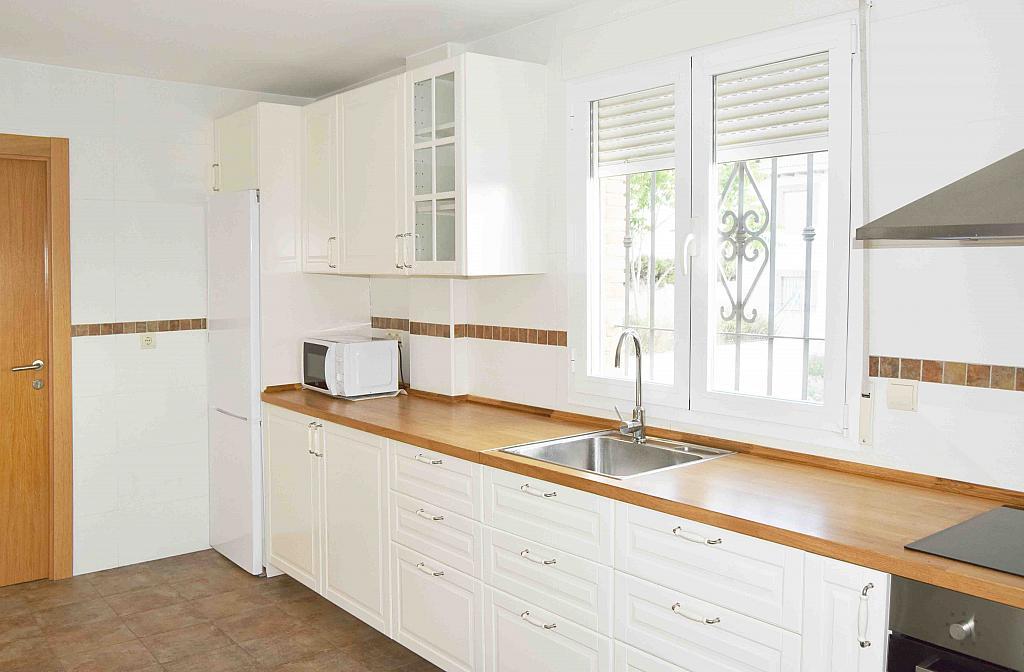Casa en alquiler en calle Algaida, Otura - 289811889