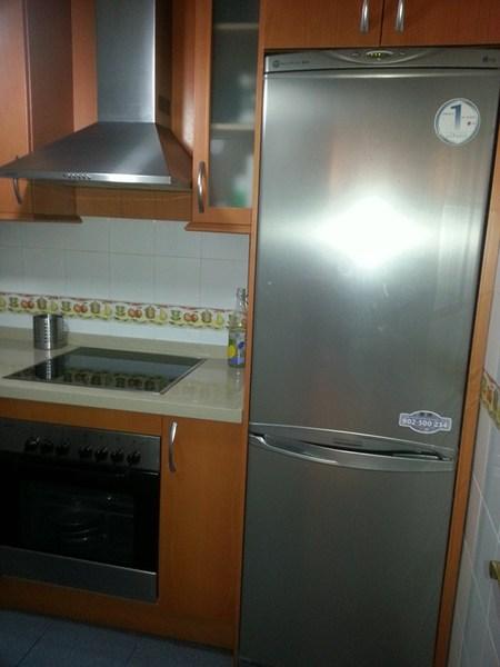 Piso en alquiler en calle Ingeniero Santacruz, Zaidín en Granada - 123617838