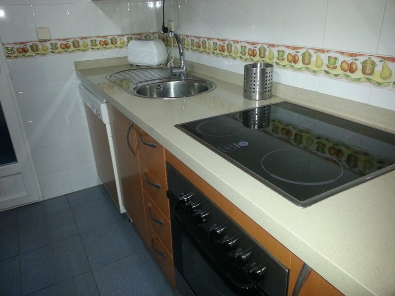 Piso en alquiler en calle Ingeniero Santacruz, Zaidín en Granada - 123617840