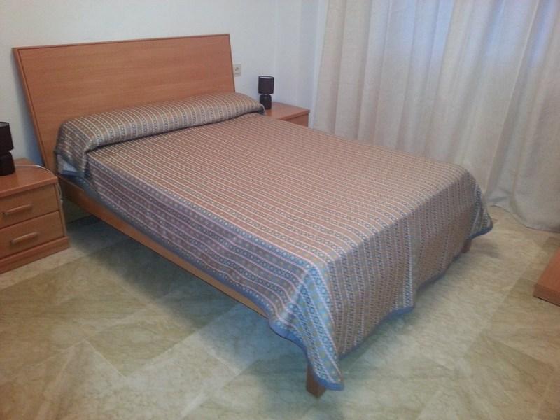 Piso en alquiler en calle Ingeniero Santacruz, Zaidín en Granada - 123617916
