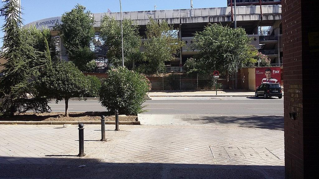 Parking en alquiler en calle Salvador Allende, Genil en Granada - 206893614