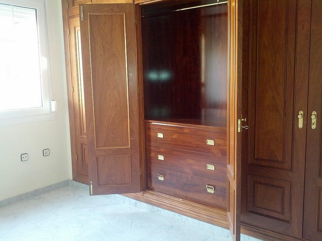 Piso en alquiler en calle Constitución, Beiro en Granada - 240399251