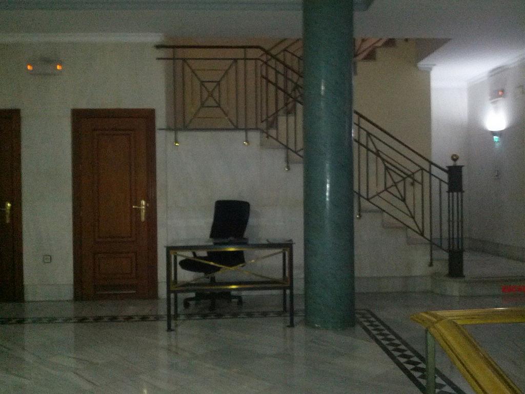 Piso en alquiler en calle Constitución, Beiro en Granada - 240399289