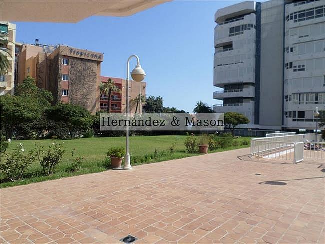 Piso en alquiler de temporada en La Carihuela en Torremolinos - 330355370