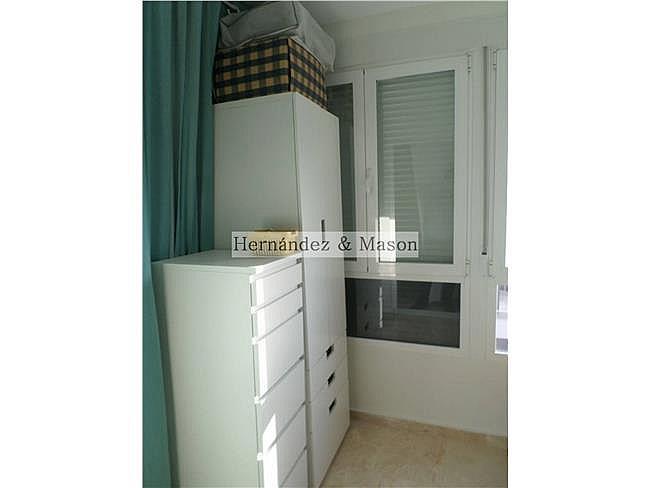 Piso en alquiler en La Carihuela en Torremolinos - 341213887