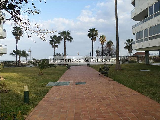 Piso en alquiler en La Carihuela en Torremolinos - 341213896