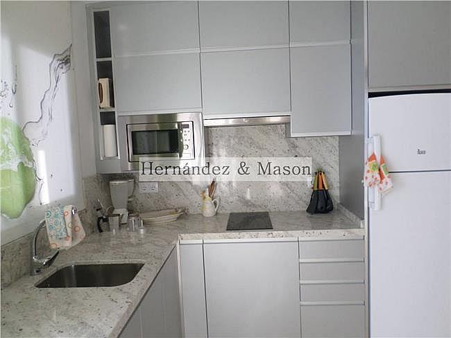 Piso en alquiler en La Carihuela en Torremolinos - 341213899