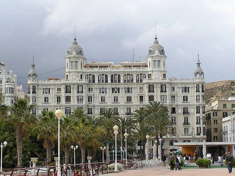 Foto - Piso en alquiler en calle Antares, Florida Alta en Alicante/Alacant - 326439175