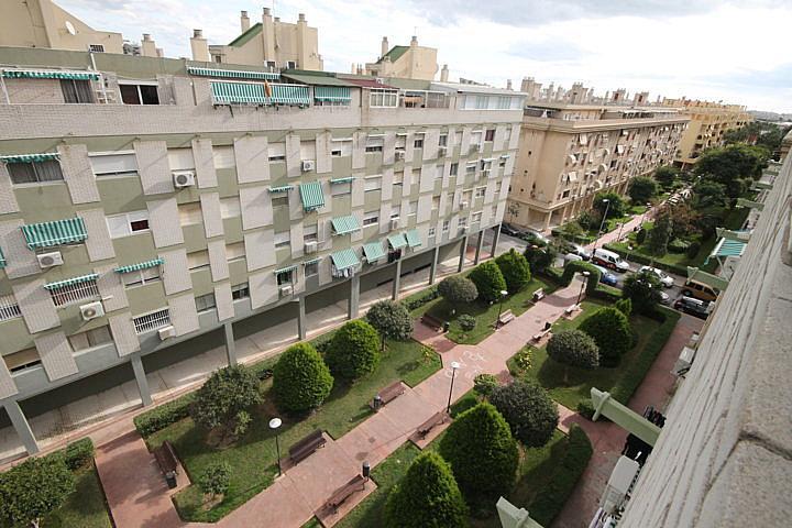 Piso en alquiler opción compra en calle Eugenio Oneguin, Teatinos en Málaga - 235831359