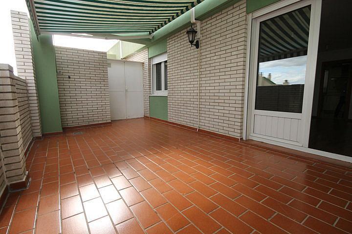 Piso en alquiler opción compra en calle Eugenio Oneguin, Teatinos en Málaga - 235831368