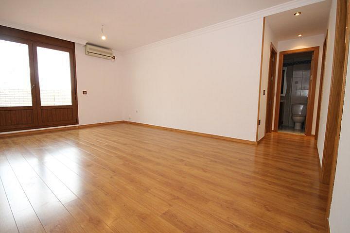 Piso en alquiler opción compra en calle Eugenio Oneguin, Teatinos en Málaga - 235831405