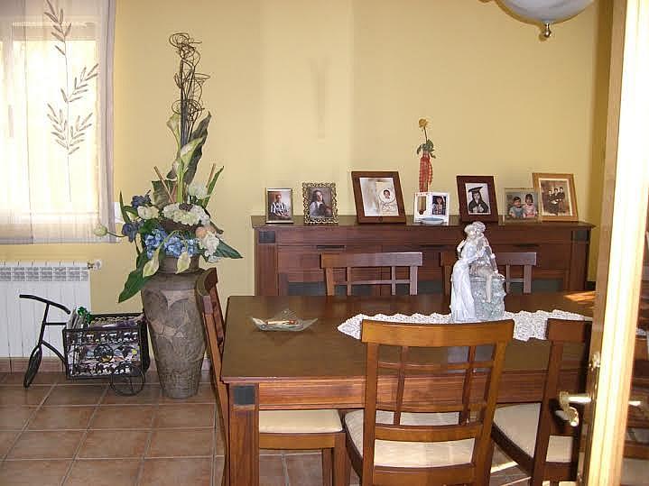 Comedor - Casa adosada en alquiler en calle Huelva, Riba-roja de Túria - 237192902