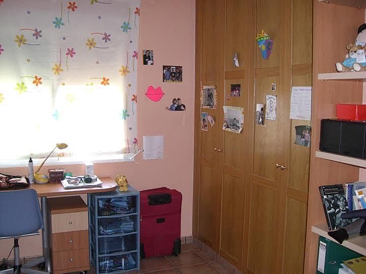 Dormitorio - Casa adosada en alquiler en calle Huelva, Riba-roja de Túria - 237192905