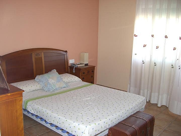Dormitorio - Casa adosada en alquiler en calle Huelva, Riba-roja de Túria - 237192907
