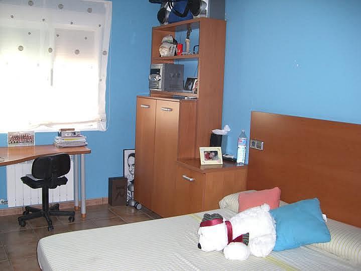 Dormitorio - Casa adosada en alquiler en calle Huelva, Riba-roja de Túria - 237192911