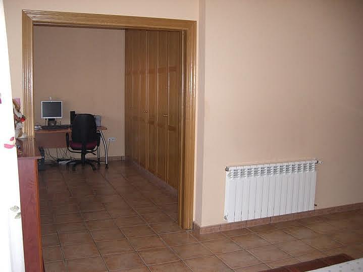 Dormitorio - Casa adosada en alquiler en calle Huelva, Riba-roja de Túria - 237192914