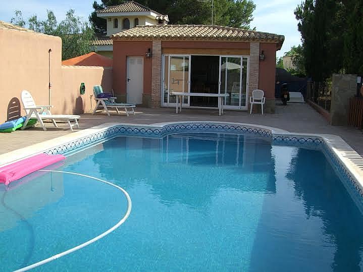 Piscina - Casa adosada en alquiler en calle Huelva, Riba-roja de Túria - 237192936