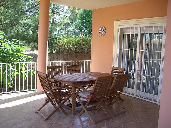 Terraza - Casa adosada en alquiler en calle Huelva, Riba-roja de Túria - 237192938