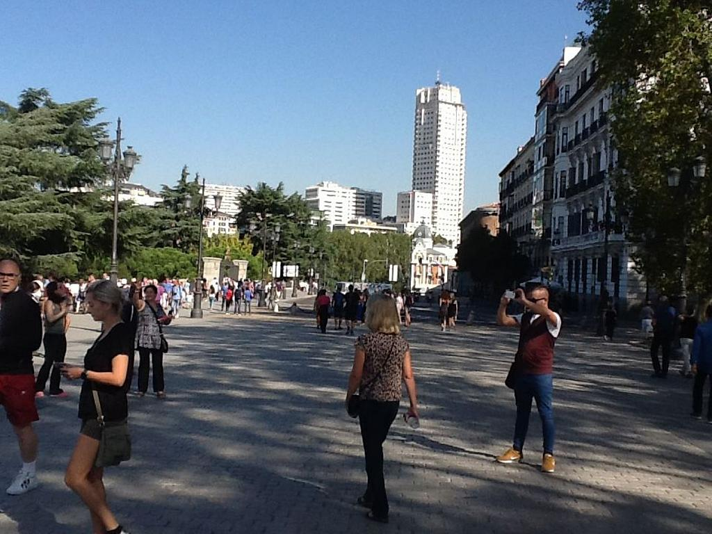Local comercial en alquiler en calle De Bailén, Palacio en Madrid - 342612653