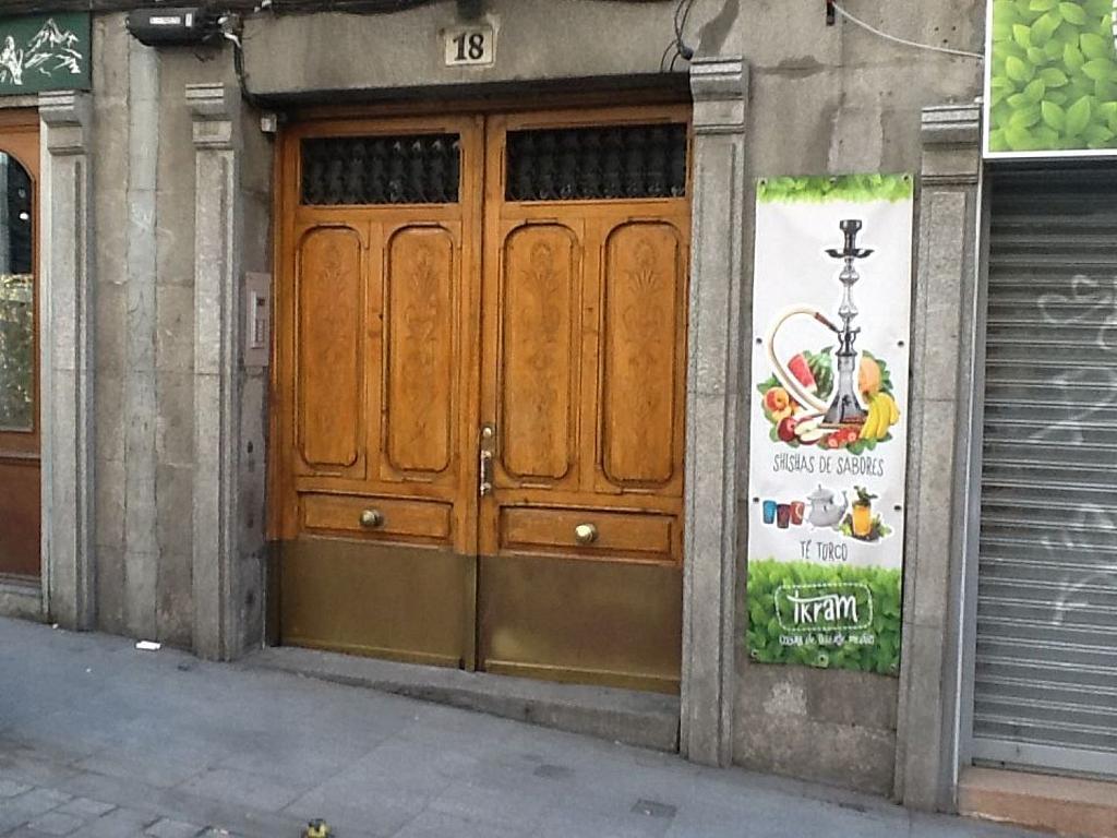 Local comercial en alquiler en calle De Los Ángeles, Sol en Madrid - 342292832