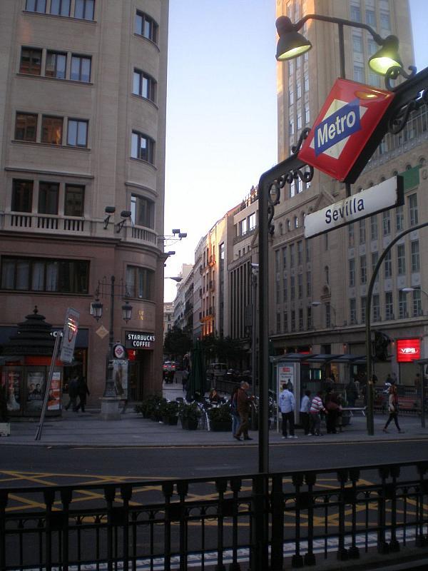 Local comercial en alquiler en calle Virgen de Los Peligros, Centro en Madrid - 342610790