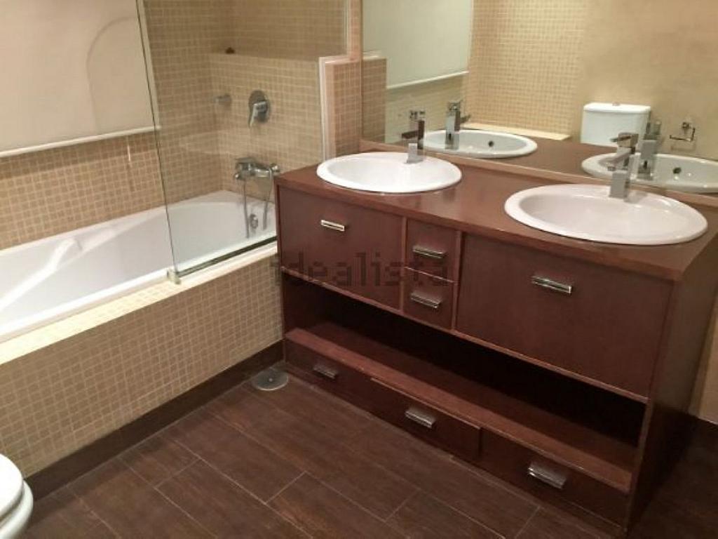 Casa en alquiler en calle Castillo de Játiva, Villafranca del Castillo - 359330562