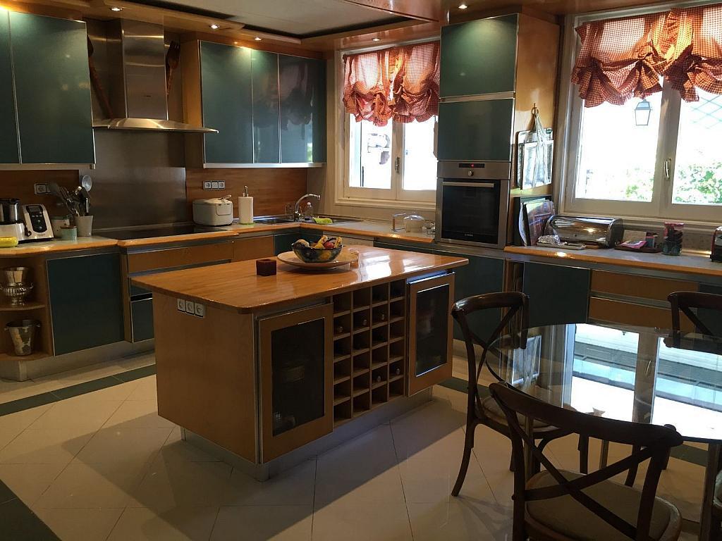 Casa en alquiler en Villafranca del Castillo - 359330727
