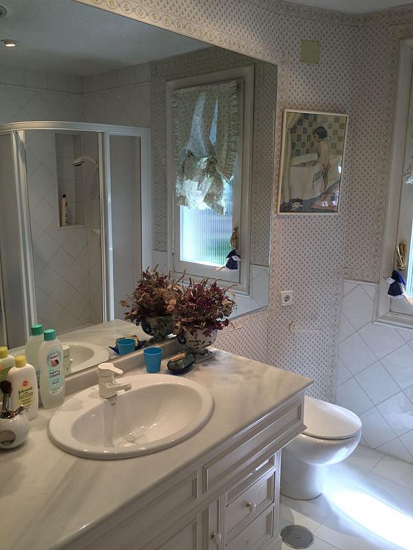 Casa en alquiler en Villafranca del Castillo - 359330730