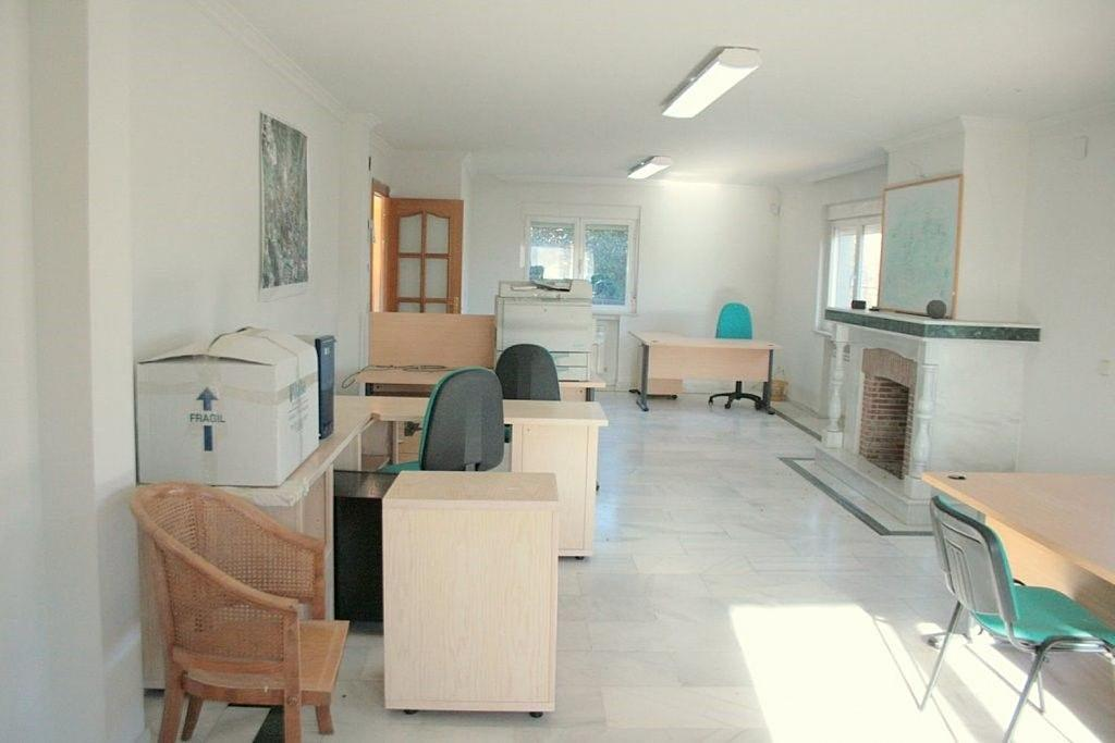 Oficina en alquiler en calle Acebo, La Marazuela en Rozas de Madrid (Las) - 359329233