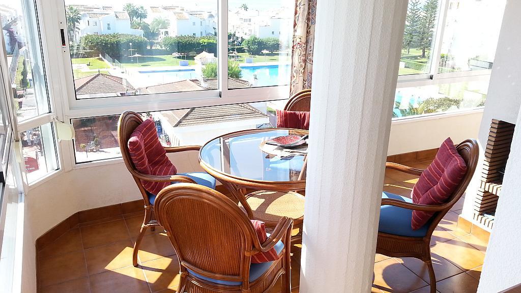 Apartamento en alquiler en urbanización Laguna Beach, Torrox-Costa en Torrox - 135846123