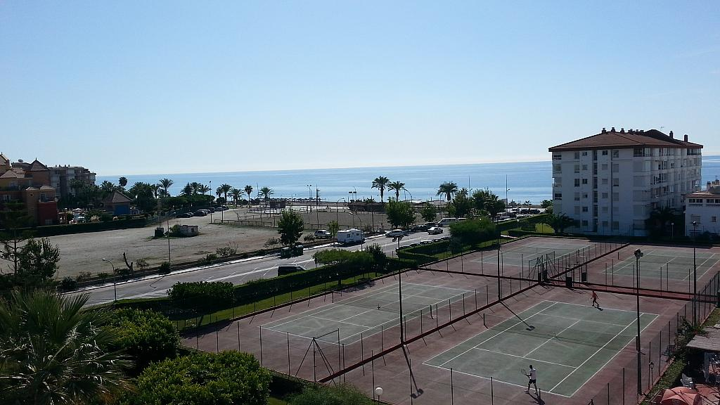 Apartamento en alquiler en urbanización Laguna Beach, Torrox-Costa en Torrox - 135846485