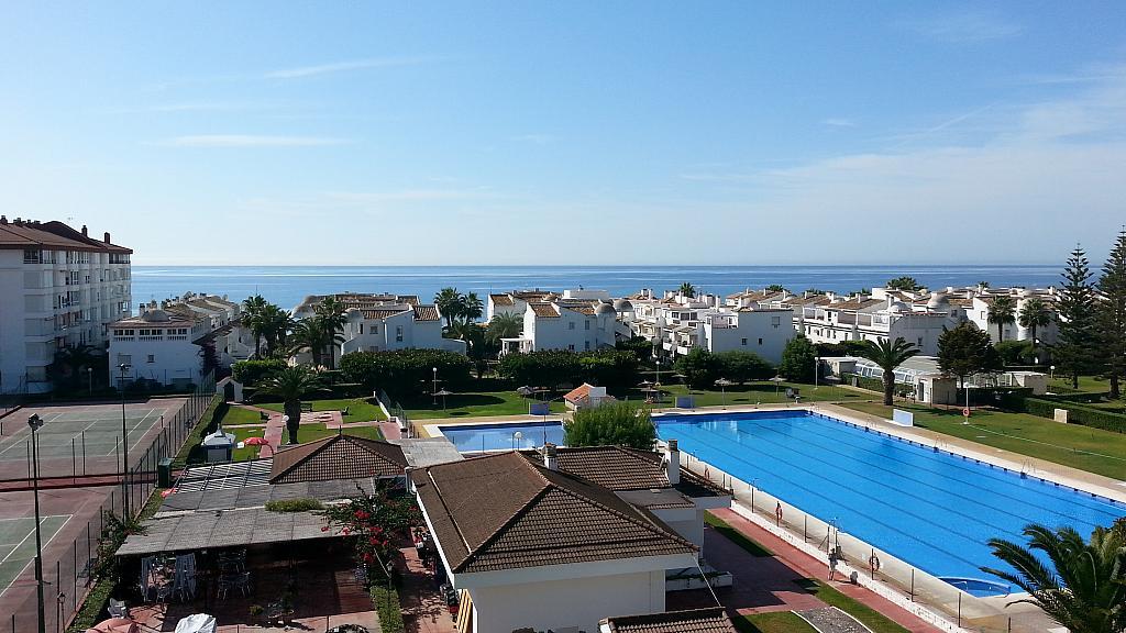 Apartamento en alquiler en urbanización Laguna Beach, Torrox-Costa en Torrox - 135846607