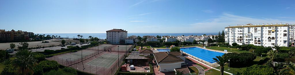 Apartamento en alquiler en urbanización Laguna Beach, Torrox-Costa en Torrox - 135846744
