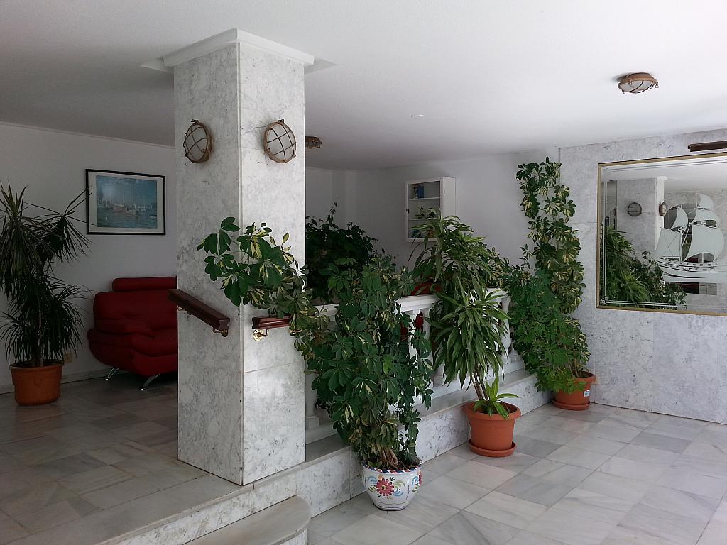 Apartamento en alquiler en urbanización Laguna Beach, Torrox-Costa en Torrox - 135847085