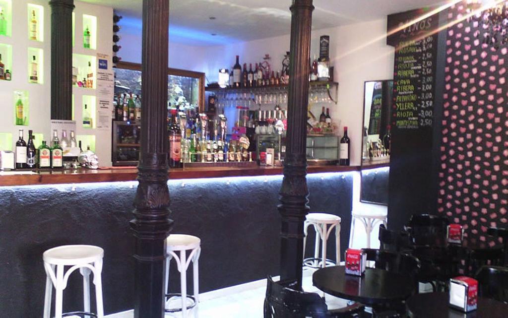 Local comercial en alquiler en Palacio en Madrid - 358125206