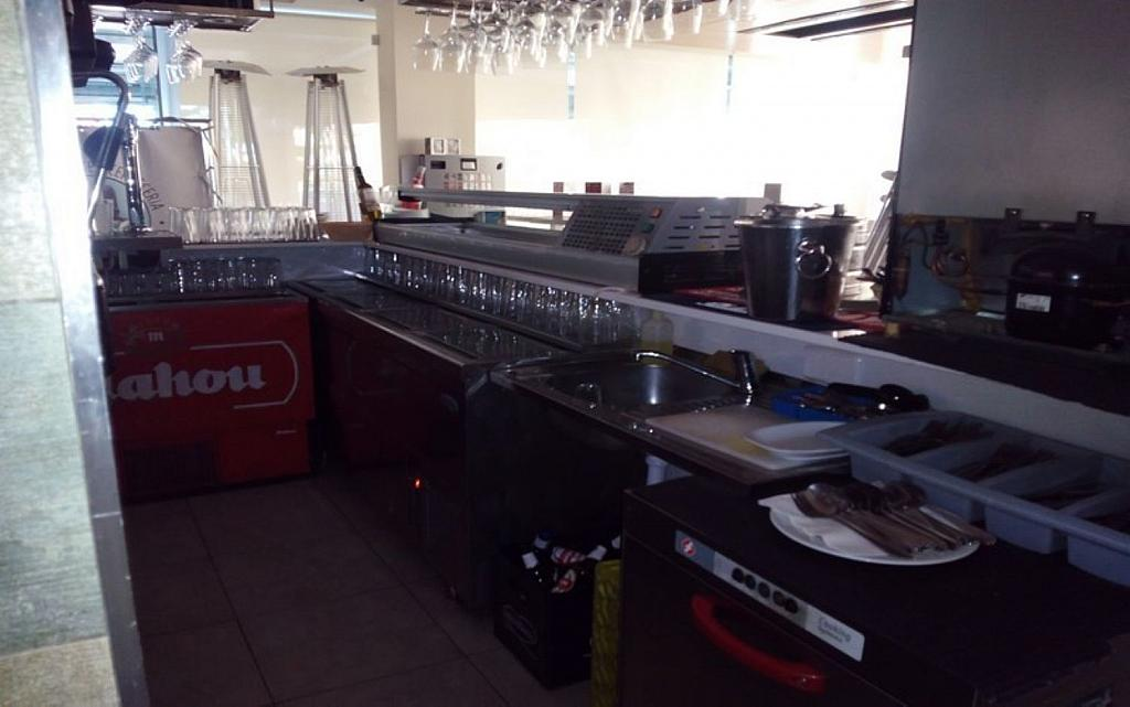 Local comercial en alquiler en Montecarmelo en Madrid - 316734702