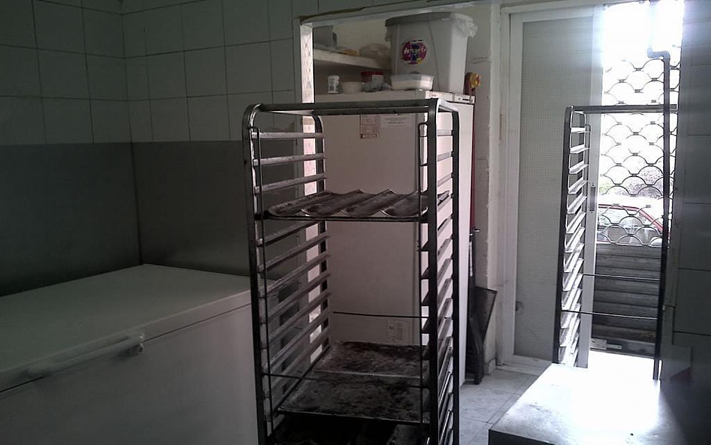 Local comercial en alquiler en Berruguete en Madrid - 358124189