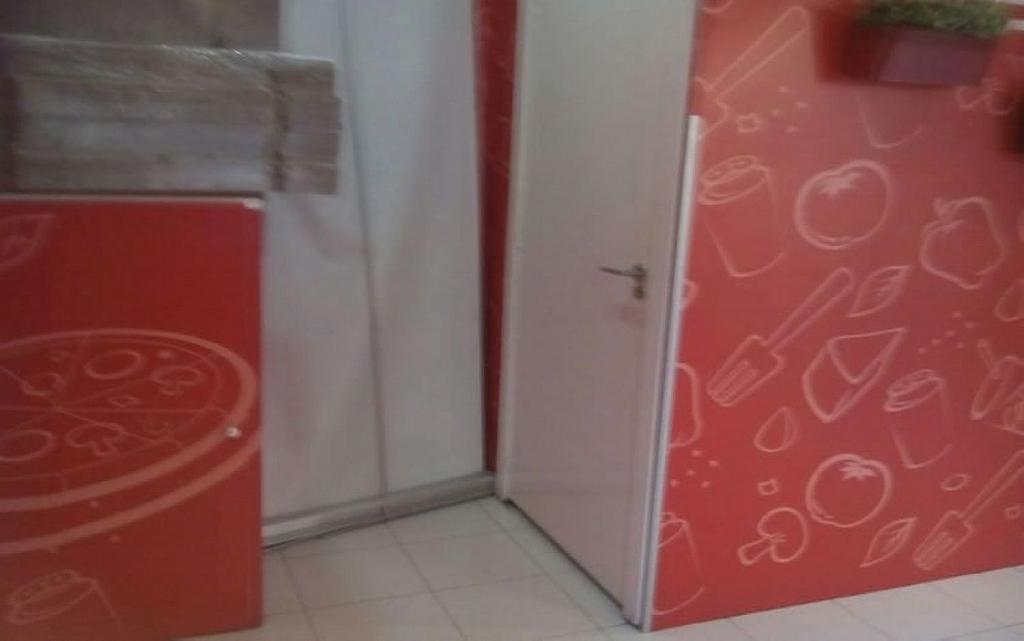Local comercial en alquiler en Pradolongo en Madrid - 358125872