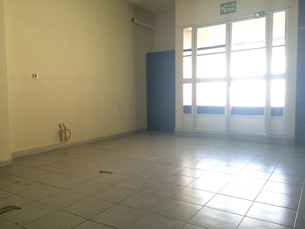 Local comercial en alquiler en calle Magnolias, Almenara en Madrid - 292416359